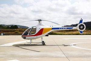 Escola de voo de helicóptero Cabri G2 no Algarve (Portugal)