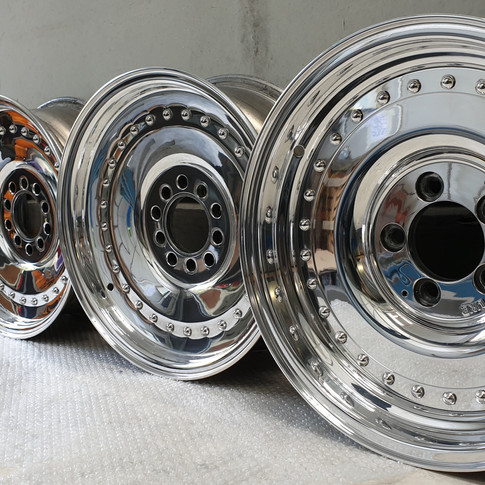 Alloy wheels high specification mirror finish.