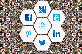 social-media-3129481_1920.jpg