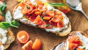 Tartine de Boursin™ et tomates cerise