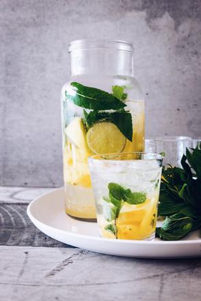 Eau detox citron et menthe
