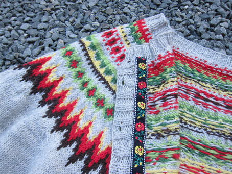 Kofte Course - Traditional buttons, Woollen Thread and Ribbons