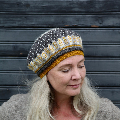 Sagostad Fairy Tale Town Beret Yarn Kit