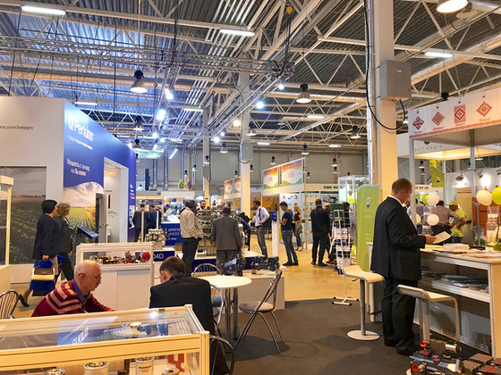 4 Easy Ways To Stand Out After The Trade Show Ends