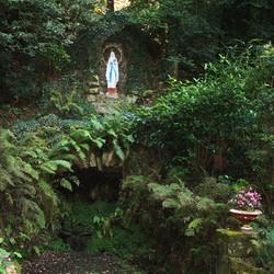 Grotte de N-D de Lourdes à Le Saint