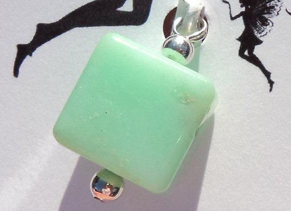chrysoprase cube