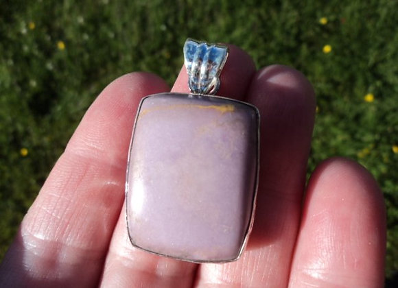 phosphosiderite pendant