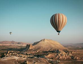 hot-air-balloon-2325447.jpg