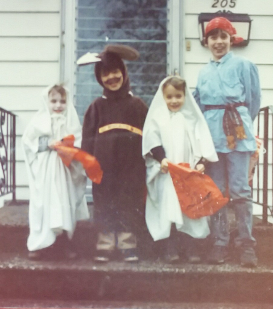 Picture of 4 children at Halloween