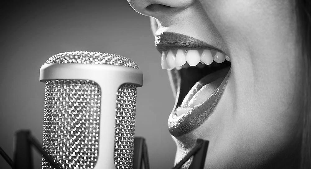 Trouver une voix off studio à  Toulouse et Paris