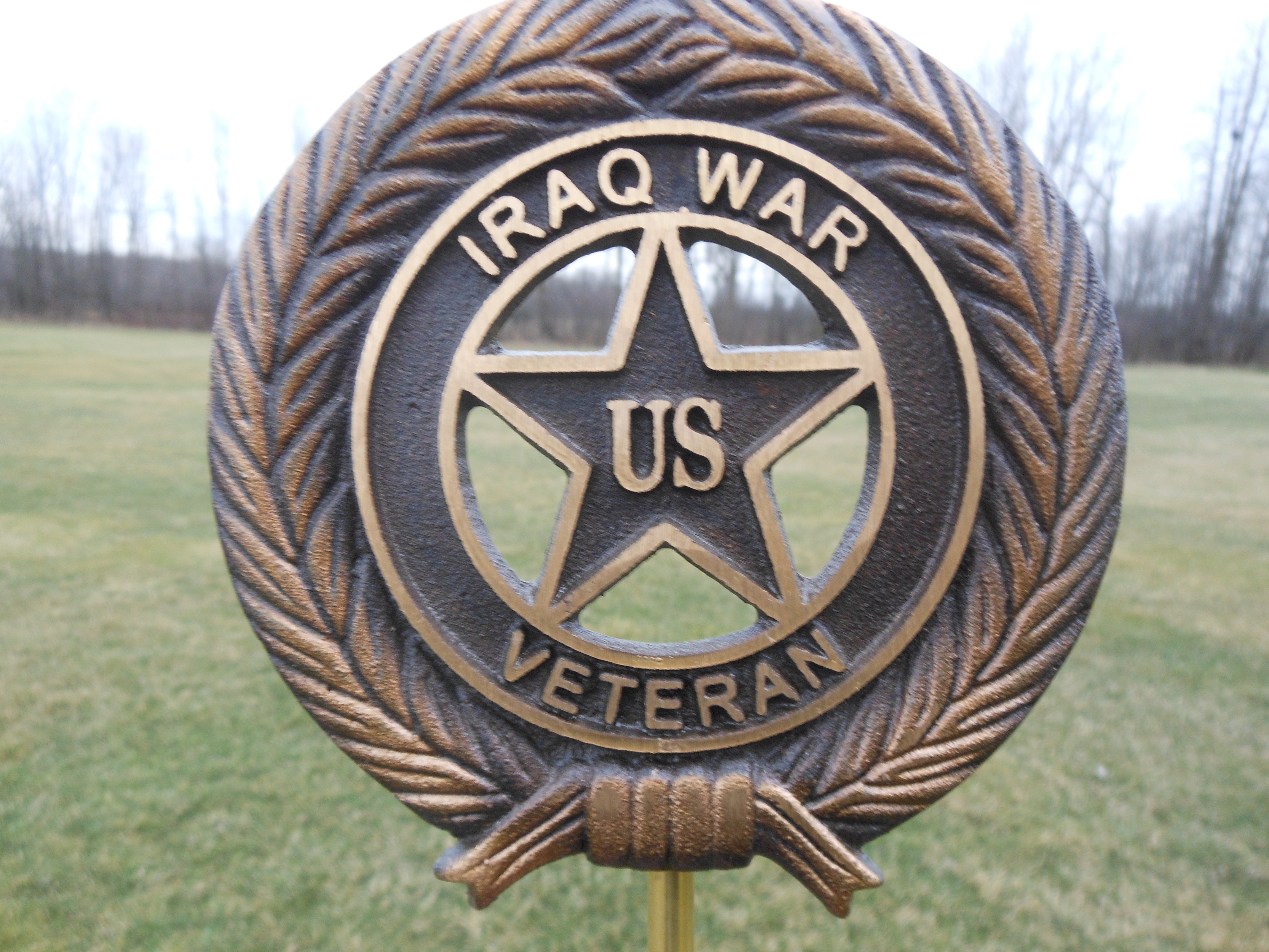 Iraq War bronze flag holder
