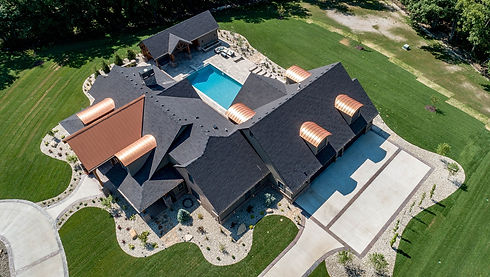 real-estate-3615617_1920.jpg