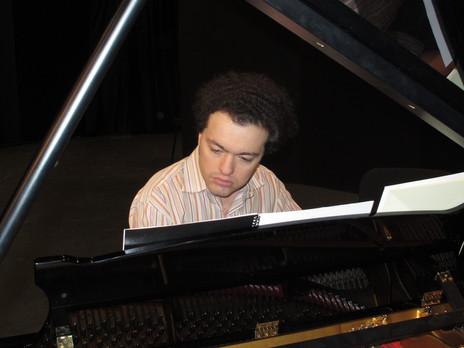 Evgeny Kissin practicing in Verbier