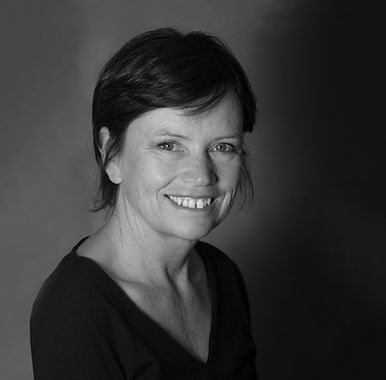 Agnès Giraudeau rédacteur web et animatrice réseaux sociaux rédaction print