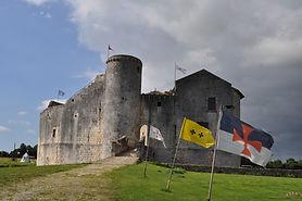 Le château fort de Saint-Jean-d'Angle