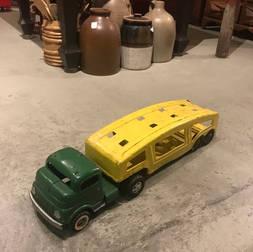 Camion (a été  peinturé)