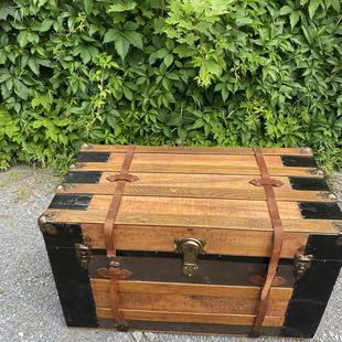 Vieille valise  restaurée