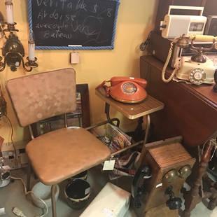 Table téléphone année 50
