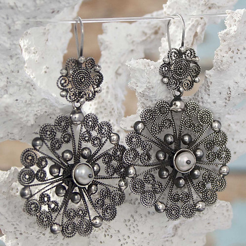 Filigre & Pearl Earrings