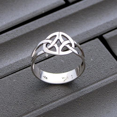 Celtic Interwoven Ring