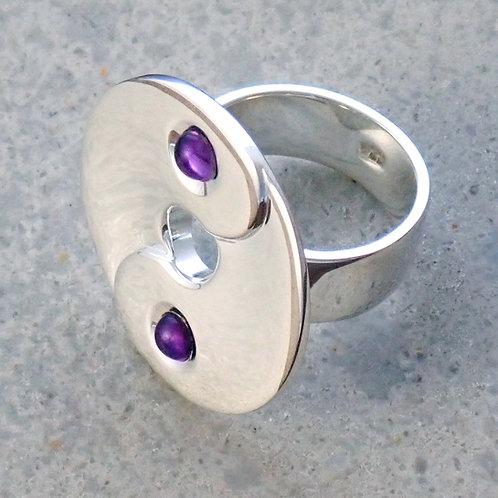 Ying/Yang Ring