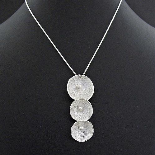 Triple Clam Necklace