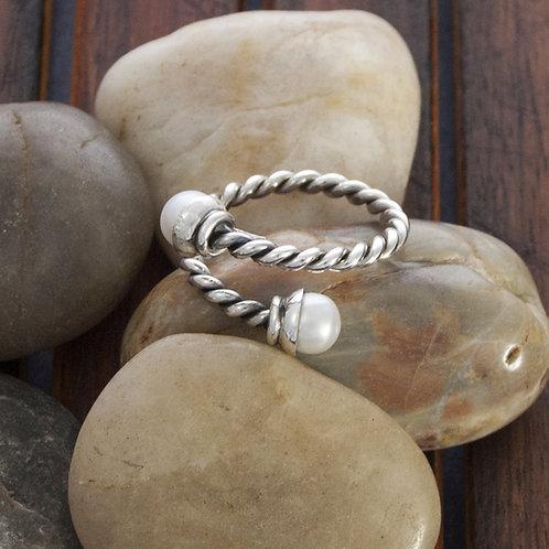Silver & Pearl twist Ring
