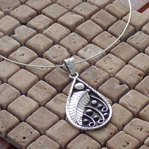 Feather Pendant With Chain
