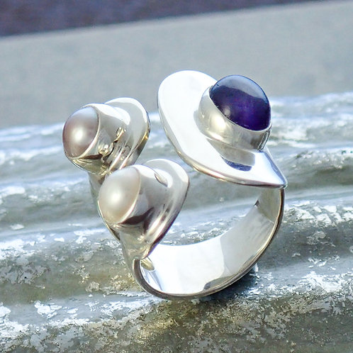 Chunky Wrap Ring with Pearl and Amethyst