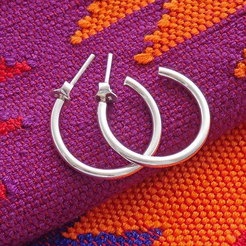 Small C Hoop earrings