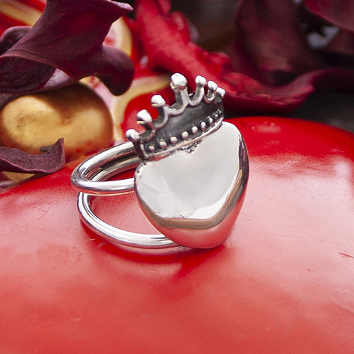 Crown Heart Ring