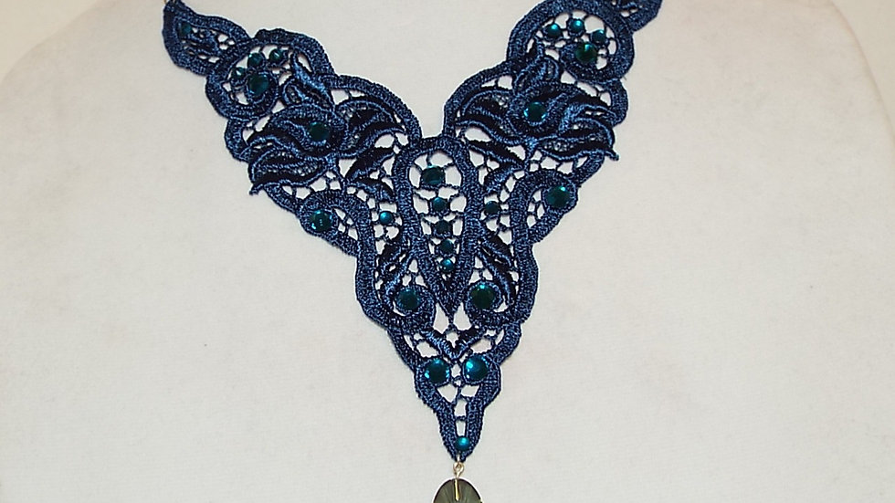 Blue Lack Necklace with Oval Pendant