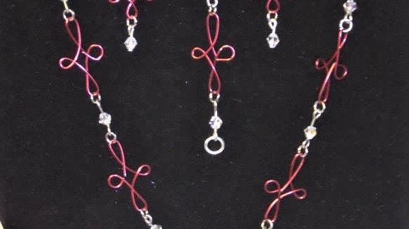 Red Shaped Wire Necklace, Bracelet & Earrings Set
