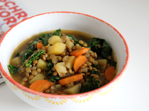 Vegane Linsensuppe mit Grünkohl