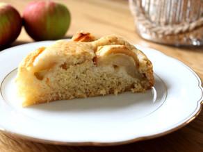 Einfacher und saftiger Apfelkuchen