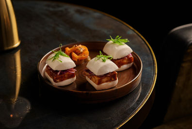 Manhattan_Smoked_BBQ_Steam_Buns.jpg