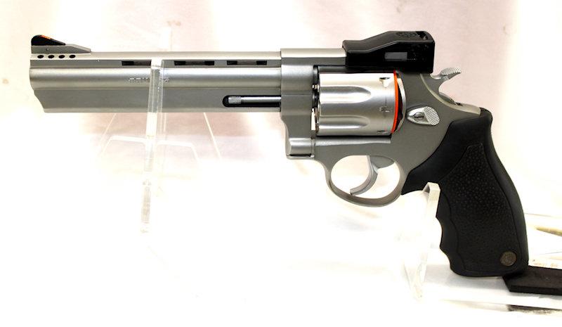 Taurus RT608 .357