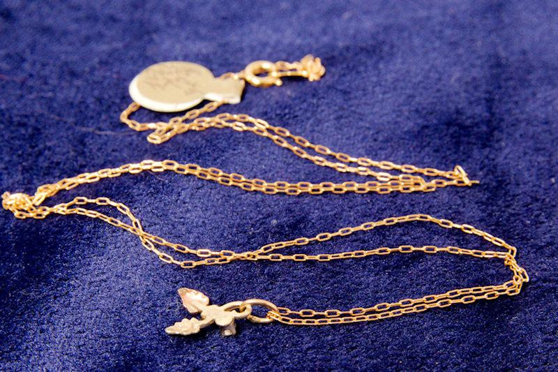 12k Gold Leaf w/ Diamond Chain Necklace