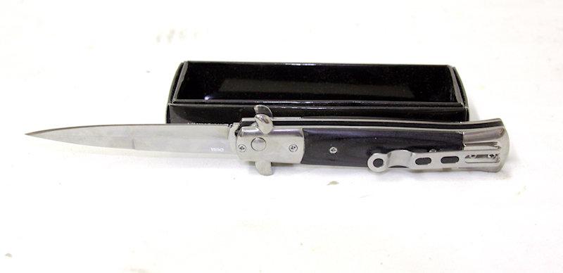 Milano Push Button Automatic Knive
