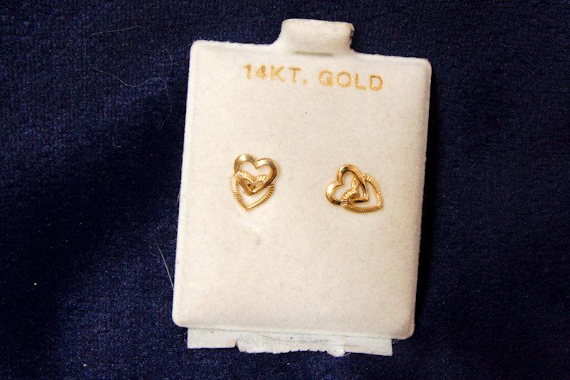 14k Gold Heart Earrings 10mm Length