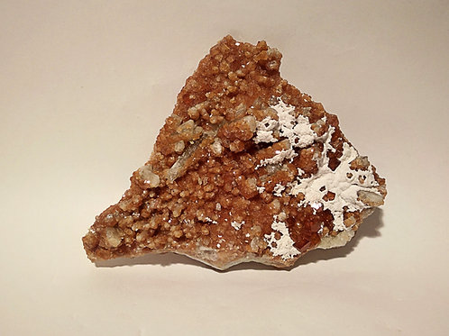 Grossulare (=Garnet) + Diopside