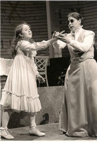 Helen Keller, Annie Sullivan (The Miracl