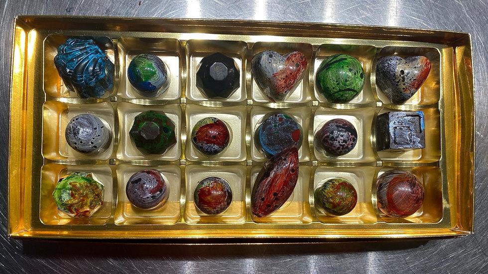 18 Chocolates The Selection Box