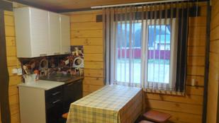 кухонная зона в доме люкс 2.JPG