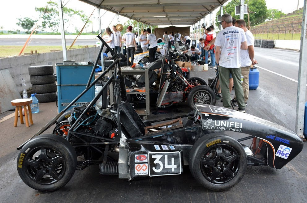 iron racing.JPG