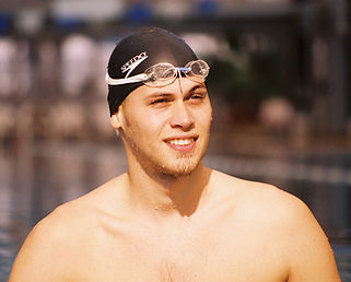 לימודי שחייה וחוגים לכל הגילאים
