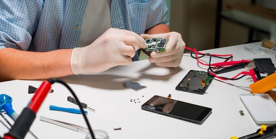 mobile-repairing-authorized-service-cent