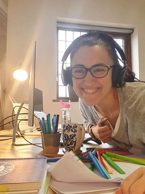 Renata studying