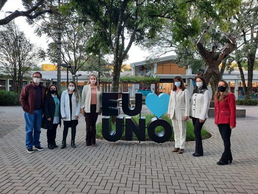 Vice-governadora Daniela Reinehr visita lideranças e universidade em Chapecó