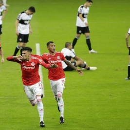 Galhardo brilha, Inter goleia Olimpia por 6 a 1 no Beira Rio